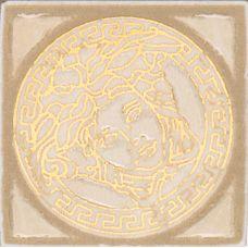 Итальянский керамический декор Versace (Версаче) Venere Tozzetto Medusa Almond-Beige 17270 4*4 см для ванной комнаты, кухни, прихожей, квартиры и дома